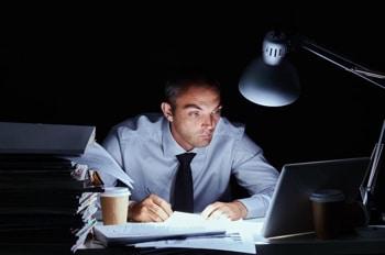 счетоводител - работохолик