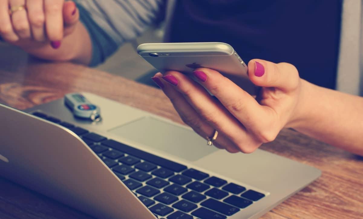 klient-smartphone
